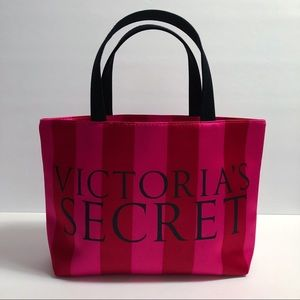 Victoria's Secret : Cute Essential Mini Tote Bag